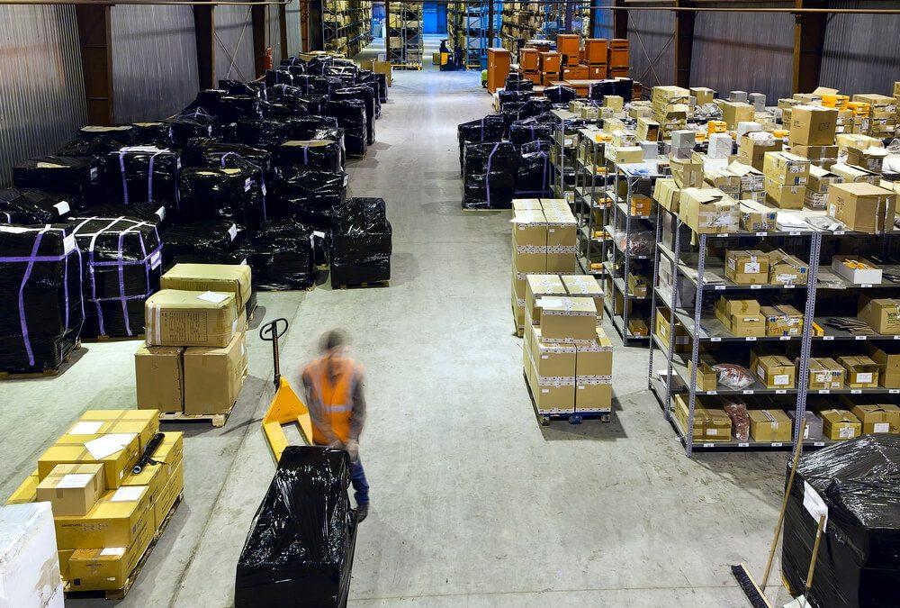 Informe-se sobre 6 cuidados para cargas pesadas!