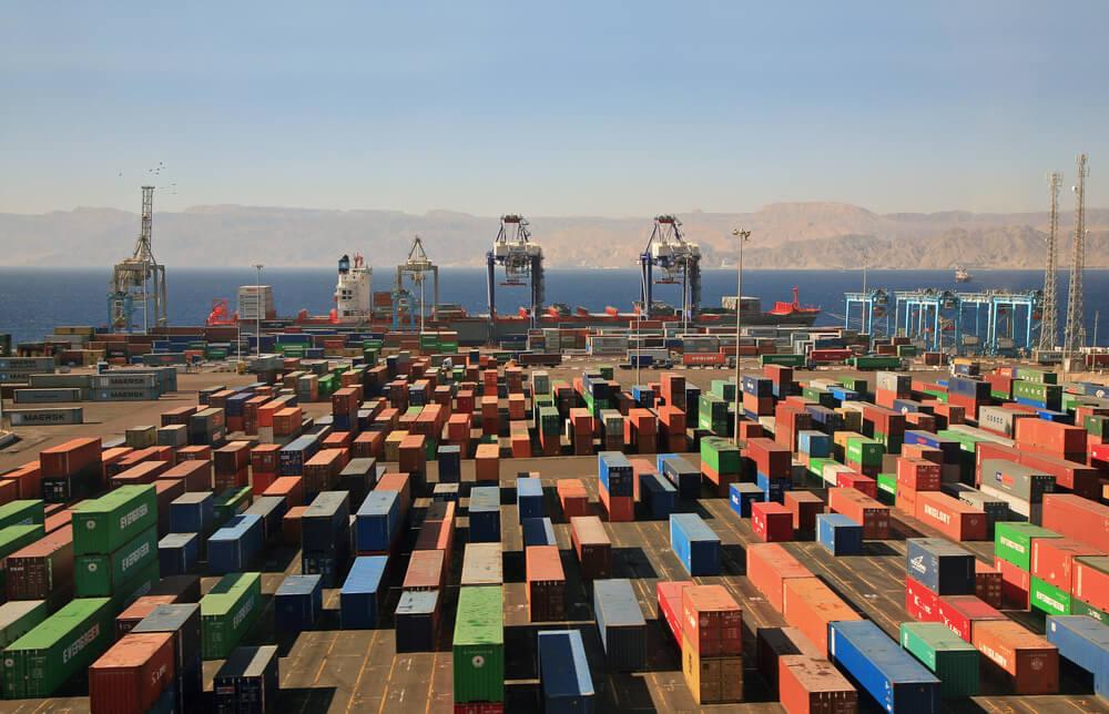 Descubra os tipos de armazenagem para 9 containers diferentes