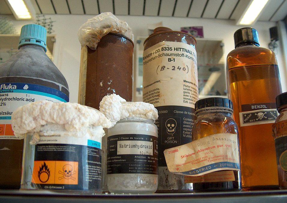 Cuidados necessários na armazenagem de produtos químicos